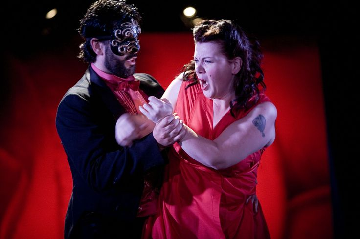 #vozesdegaja - AnnLouice Lögdlund dos Diablo Swing Orchestra http://palavrasdoabismo.blogspot.pt/2016/10/vozes-de-gaja-11-annlouice-logdlund.html #música #mulheres #cantoras