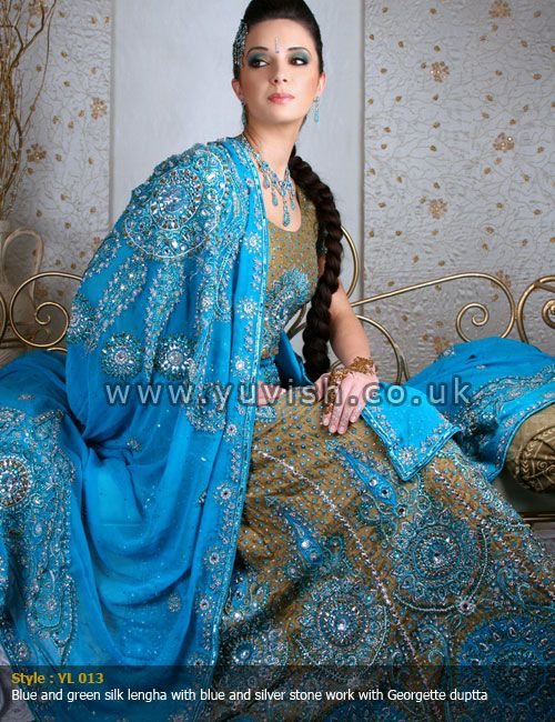 traditional-wear#blueandgreenlengha#yuvishdesignerwear#silklengha#bridalwear#Indianbridalwear#Pakistanibridalwear