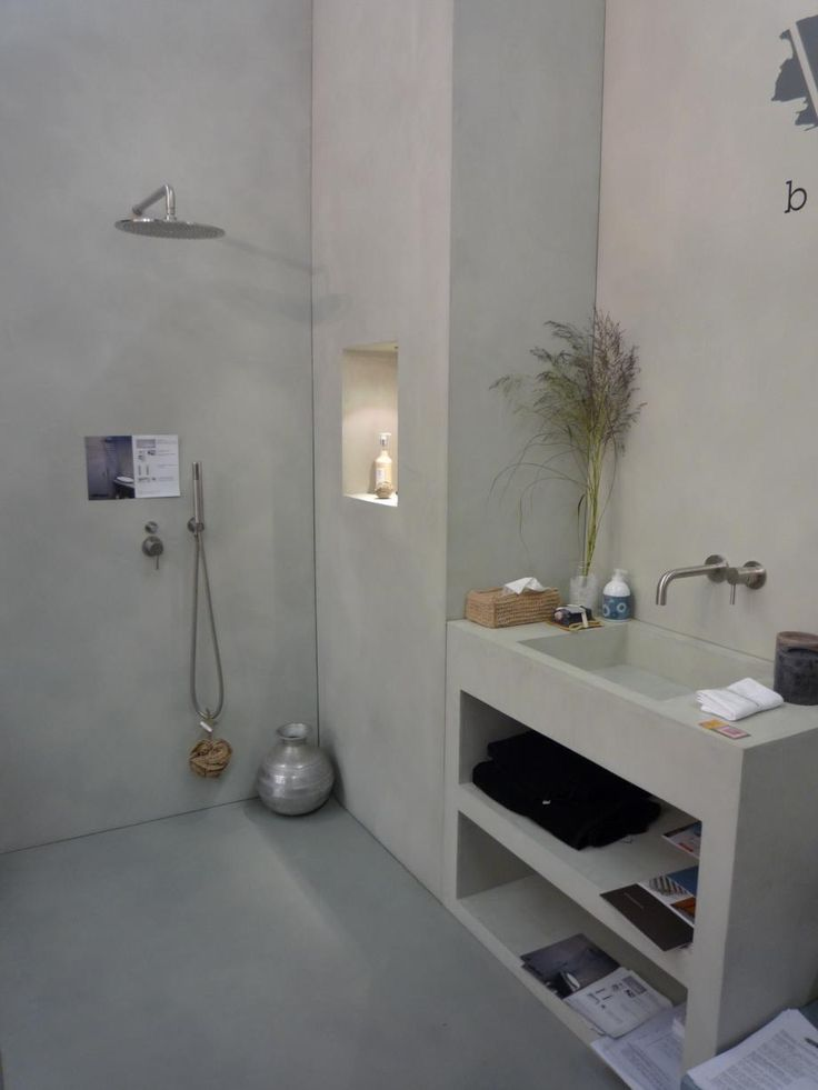 grijze-badkamer-beton-cire