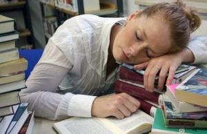 It has been found that sleeping soon after learning benefited both types of declarative memory, this means that it would be a good thing to rehearse any information you need to remember just prior to going to bed. In some sense, you may be 'telling' the sleeping brain what to consolidate.