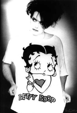 The Cure - Robert Smith wears Betty Boop