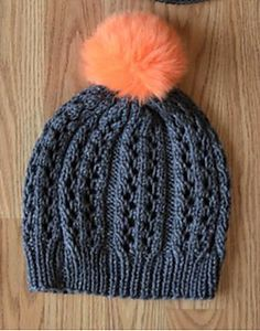 Padrão de renda Rib Hat por Universal Yarn
