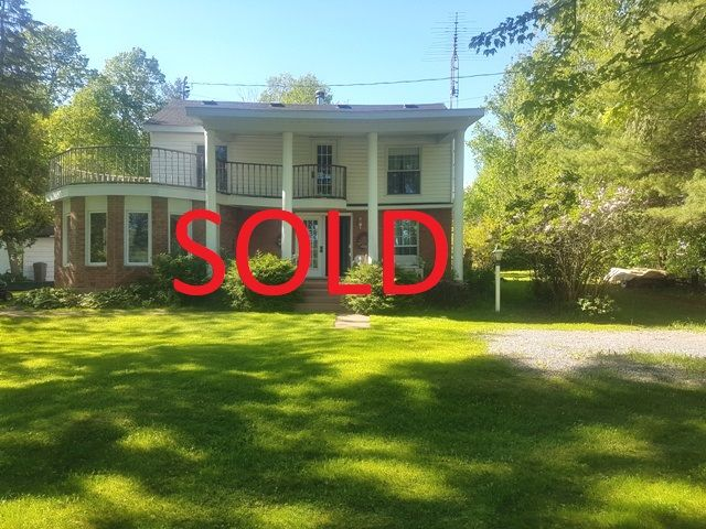 We SOLD 26 Champagne! Thinking of selling your Sudbury home? Call 705-470-3444 or visit www.SudburyHomeSearch.ca/home-evaluation.php for your Free Home Evaluation today!