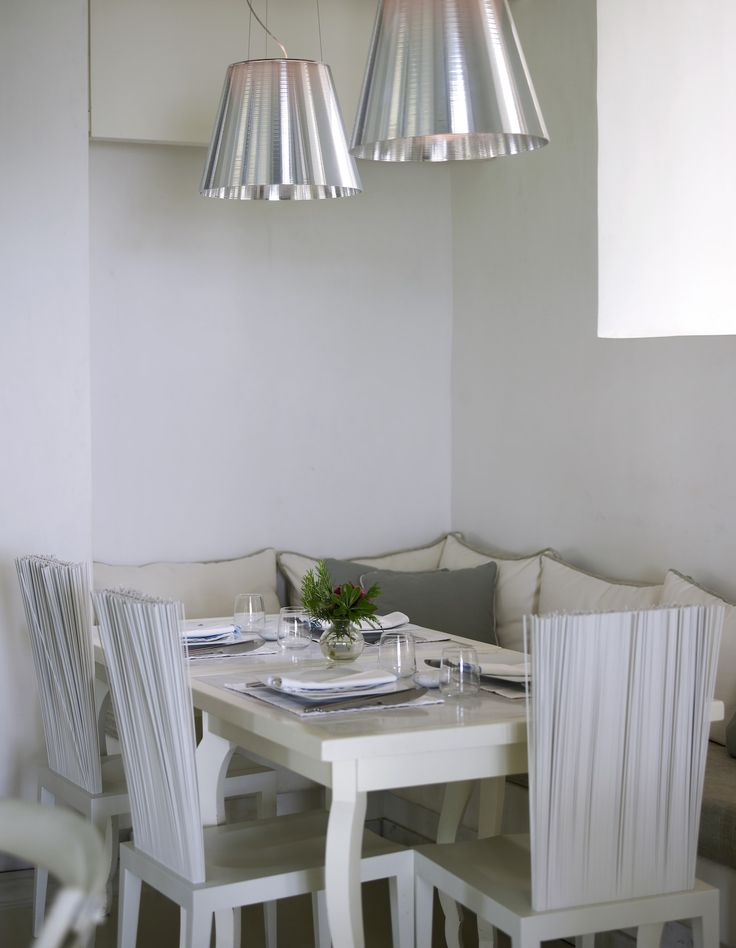 Enjoy your early morning breakfast in our hotel's restaurant in comfort and style! http://www.semelihotel.gr/thioni-restaurant-mykonos/  #Semeli #SemeliHotel #Mykonos #LuxuryHotel #SemeliMykonos