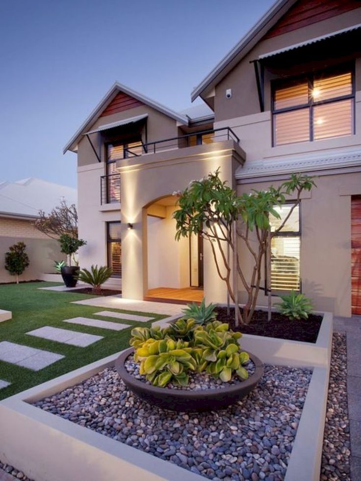 Best 25 Modern Front Yard Ideas On Pinterest Large