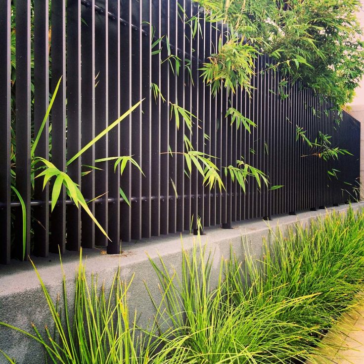 Modern Garden Design & Installation Project Scope 3D Design & Installation Turf Installation Aggregate driveway selection and installation Planter box design and construction Seating design Fence selection Pot selection Plant...