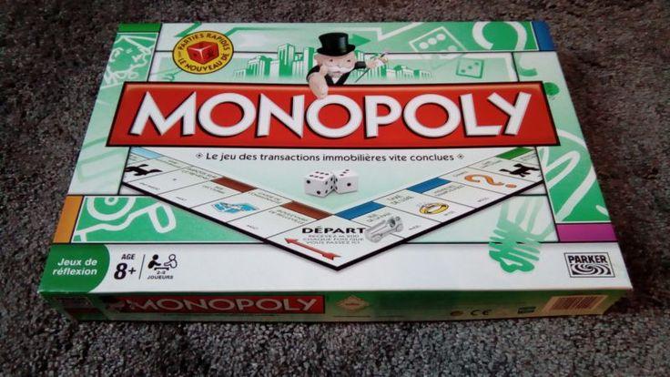 Ce jeu de société Monopoly Original est en excellent état, quasi neuf, et il ne manque aucune carte ni pièce. A utiliser avec soin, je tiens beaucoup à mes jeux de société (qui sont pour la plupart des présents) et je souhaite imposer, comme seule condition de location, qu'il me soit restitué dans l'état où je vous l'ai remis. Possibilité de louer un lot de jeu sur demande (voir mes autres locations, je créerai dans ce cas une nouvelle annonce correspondant à votre demande). Amusez-vous…