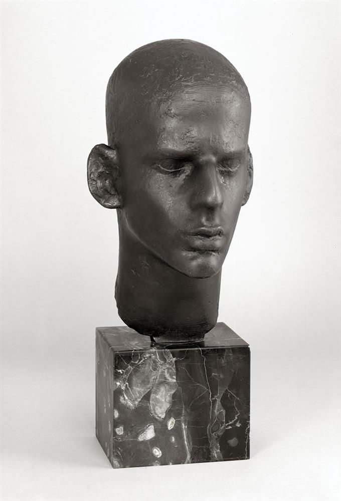Isamu Noguchi (US 1904-1988), Lincoln Kirstein, bronze, c. 1928-29 Collection   Wadsworth Atheneum, Hartford, Connecticut. Collection