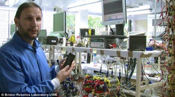 There is a news that our future robot will run on public urine with the help of artificial heart. The concept is presented by the scientists of Bristol Robotics Laboratory, who explained that the robot will have an artificial heart which pumps the urine automatically and generate electricity by own