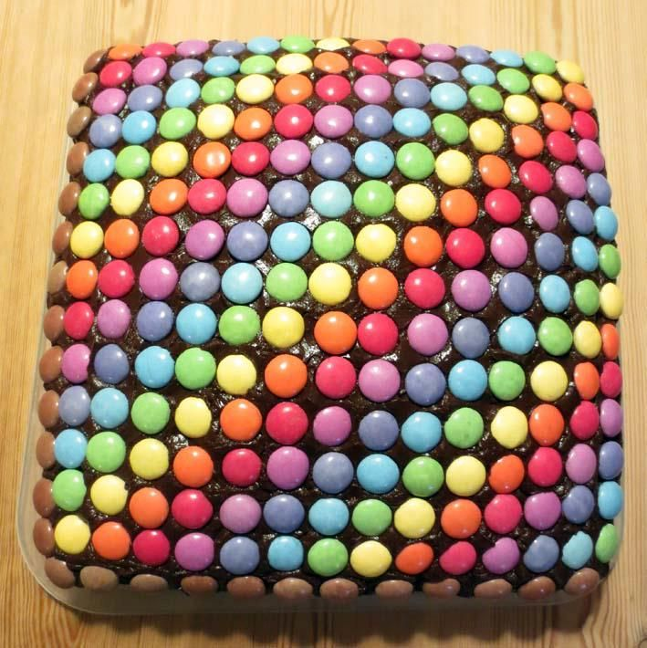 Love the patterning on this cake; decorate with Skittles or M&ms.