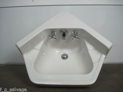 vintage corner bathroom sink 41 best ideas about antique sinks on 21236