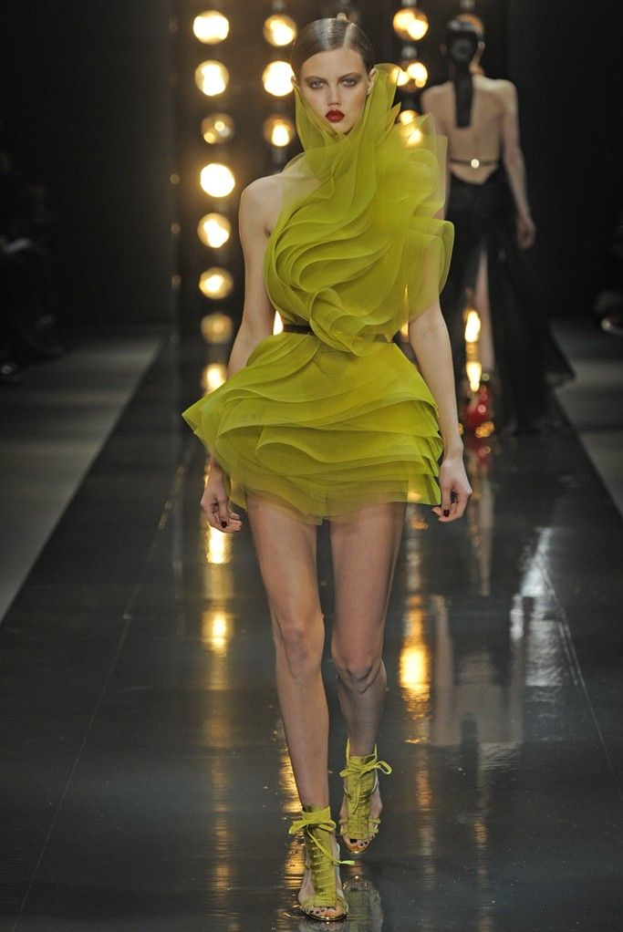 Alexandre Vauthier Couture Spring 2014 - Slideshow - Runway, Fashion Week, Fashion Shows, Reviews and Fashion Images - WWD.com