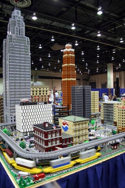 Design Suck: Epic Lego Creations (Top 10) ... downtown detroit
