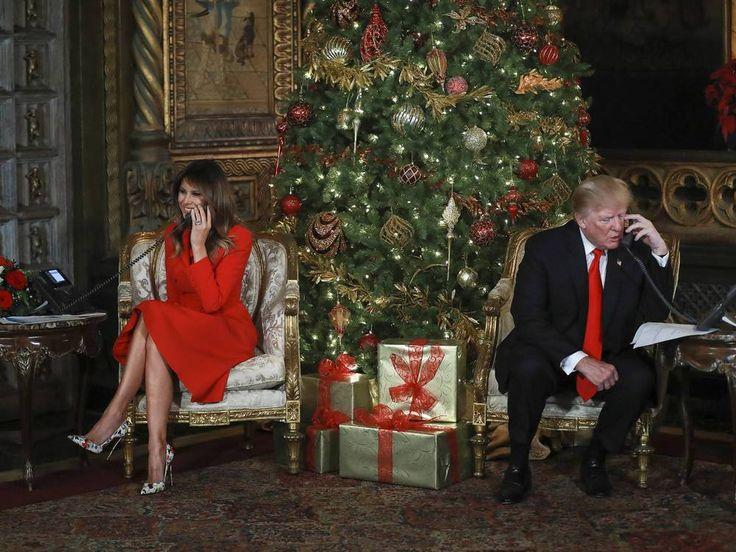 Donald Trump und seine Frau Melania telefonierten kurz vor Weihnachten mit Kindern, die wissen wollten, wo sich der Weihnachtsmann gerade befindet. Dabei plaudert der US-Präsident auch aus dem Nähkästchen… Wie verbringt Donald Trump (71) die Zeit kurz vor Weihnachten? Er telefoniert...