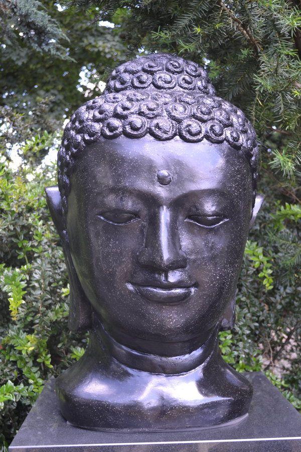 Buddha head black terrazzo 70 cm boeddha beeld voor tuin for Beeld tuin modern