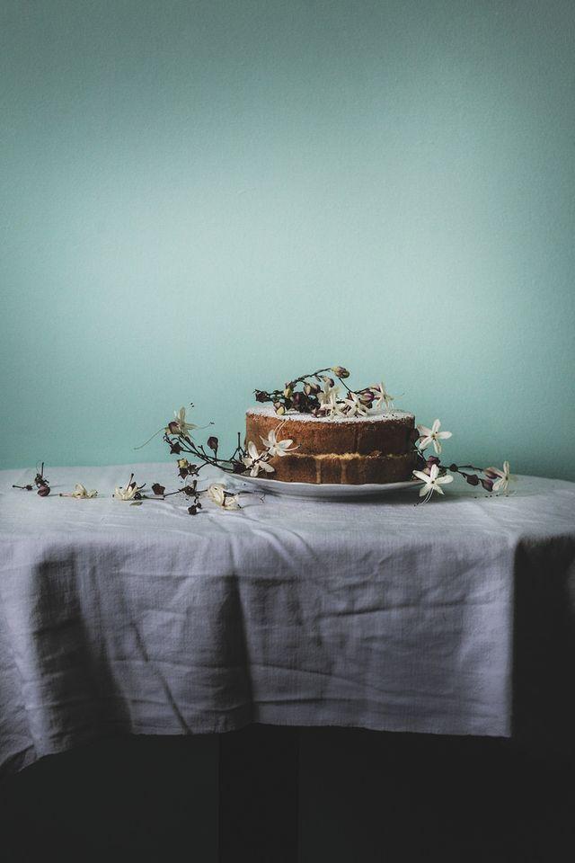 Victoria Lemon Sponge Cake (via Bloglovin.com )