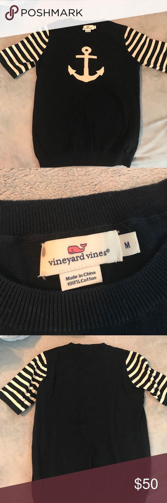 Navy Medium Vineyard Vines Anchor Sweater Size medium cotton anchor sweater from VV!! Very lightly worn 🐳 Vineyard Vines Sweaters