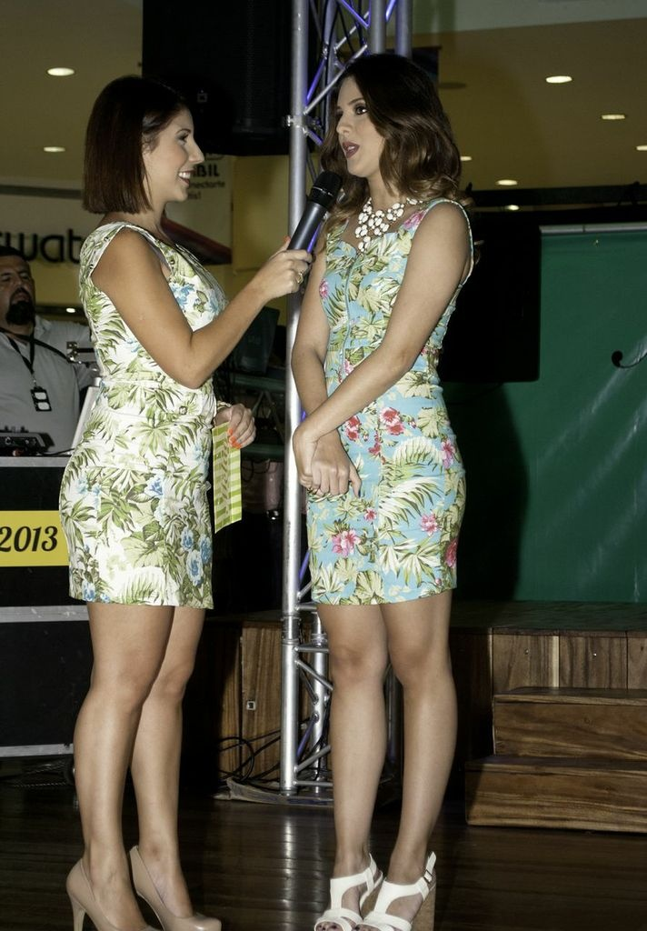 #MelaoVerano2013 Adriana D'Onghia y Sheryl Rubio hablando sobre la nueva colección en Barquisimeto
