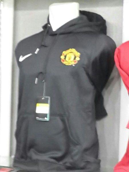 Jual Sweater Manchester United Warna Hitam Terbaru 2014