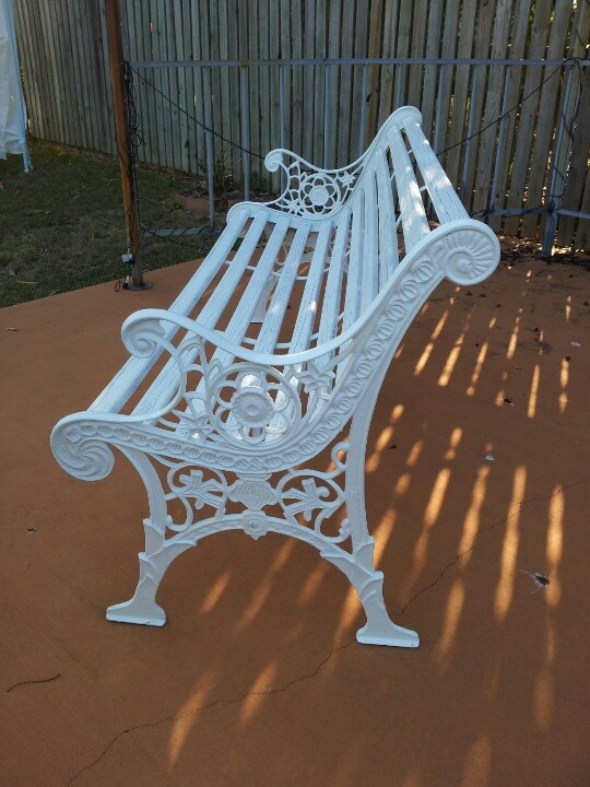 White cast iron chair gets a second life