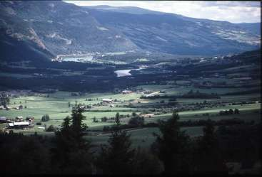 Workaway in . Stay with us on on a farm in beautiful Gudbrandsdalen and help with some childcare, Norway