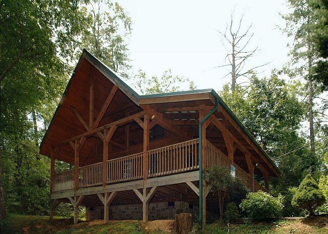 vacation springs pet mountain friendly cabin pigeon forge near tn smoky rentals resort tennessee hidden pin cabins