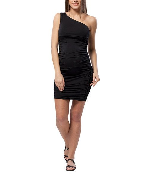 Drape blossoming baby bumps in timeless elegance with this sleek sheath dress. Boasting sumptuous ruching, a chic asymmetrical silhouette and stretch from elastane, this runway-ready piece radiates romantic allure.96% viscose / 4% elastaneMachine washImported