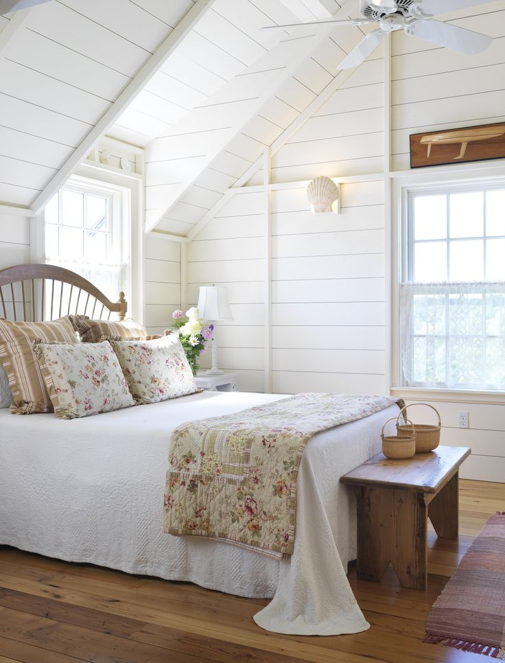Wind Shadows Guest Cottage interior - how cozy! Photo by Nat Rea