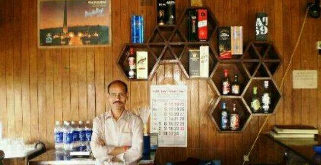 Sikkim gets highway liquor ban relief - Darjeeling did not Kurseong goes completely dry   Drinks with steaming momos at Kurseong Tourist Lodge. Beatles and beer at Joey's Pub in Darjeeling. Perhaps a chill gulp during a drive along NH2 in Durgapur. These have all been just memories since April Fools' Day.  The entire hill town of Kurseong has gone dry with the Supreme Court banning the sale of liquor within 500 metres of highways. Darjeeling has only one off-shop and five watering holes left…