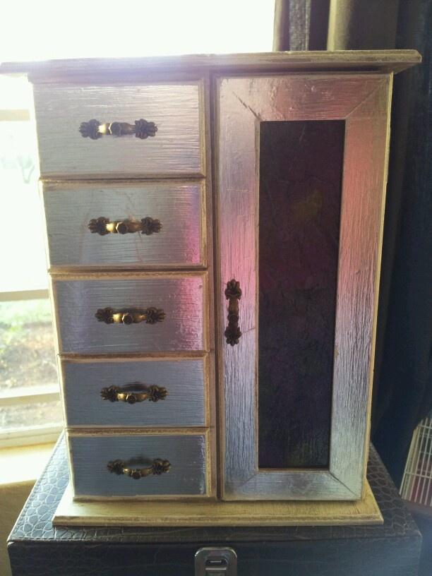 Cabinet - foil + modge podge diy