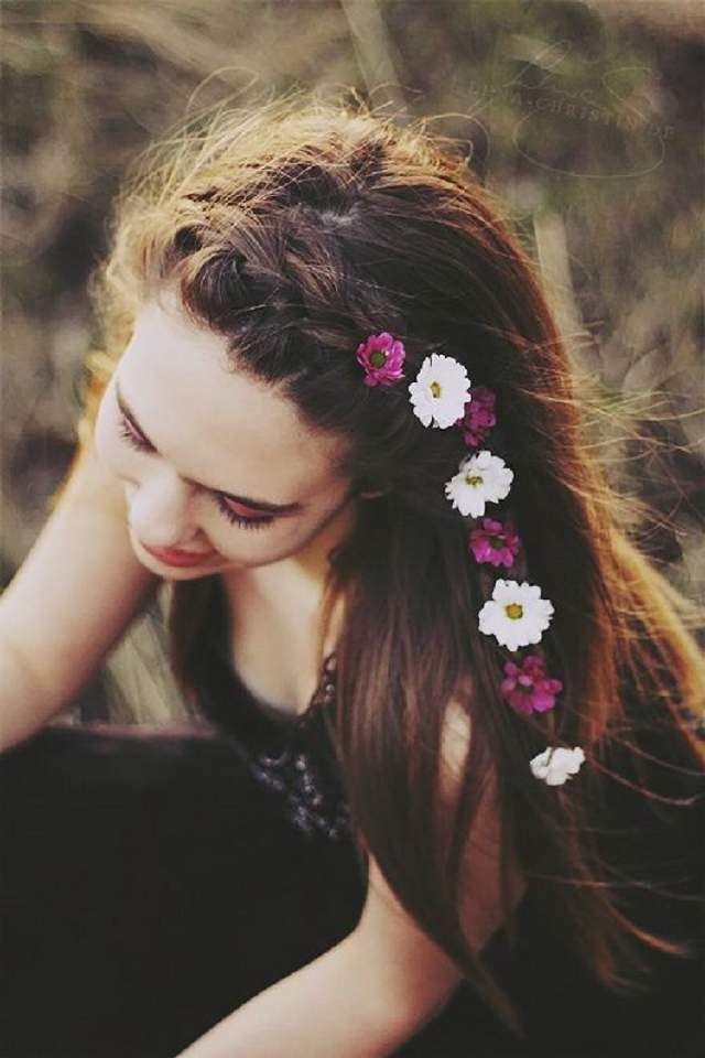 Cute side braid with flowers
