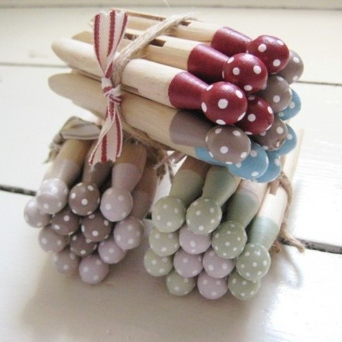 Dotty Dolly Pegs £6.50