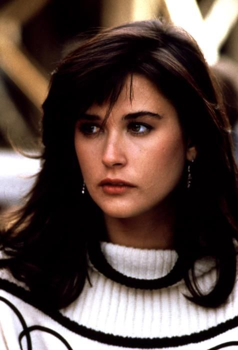 La actriz Demi Moore como Debbie en la película '¿Qué pasó anoche?' (About Last Night...) (1986)