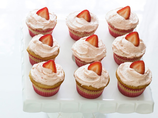New favorite -- Strawberry Surprise Cupcakes!