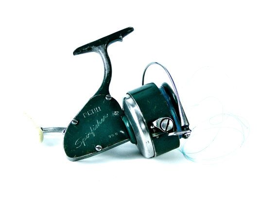 Vintage Penn Fishing Reel Green Spinfisher 1960s by SueEllensFlair, $48.00