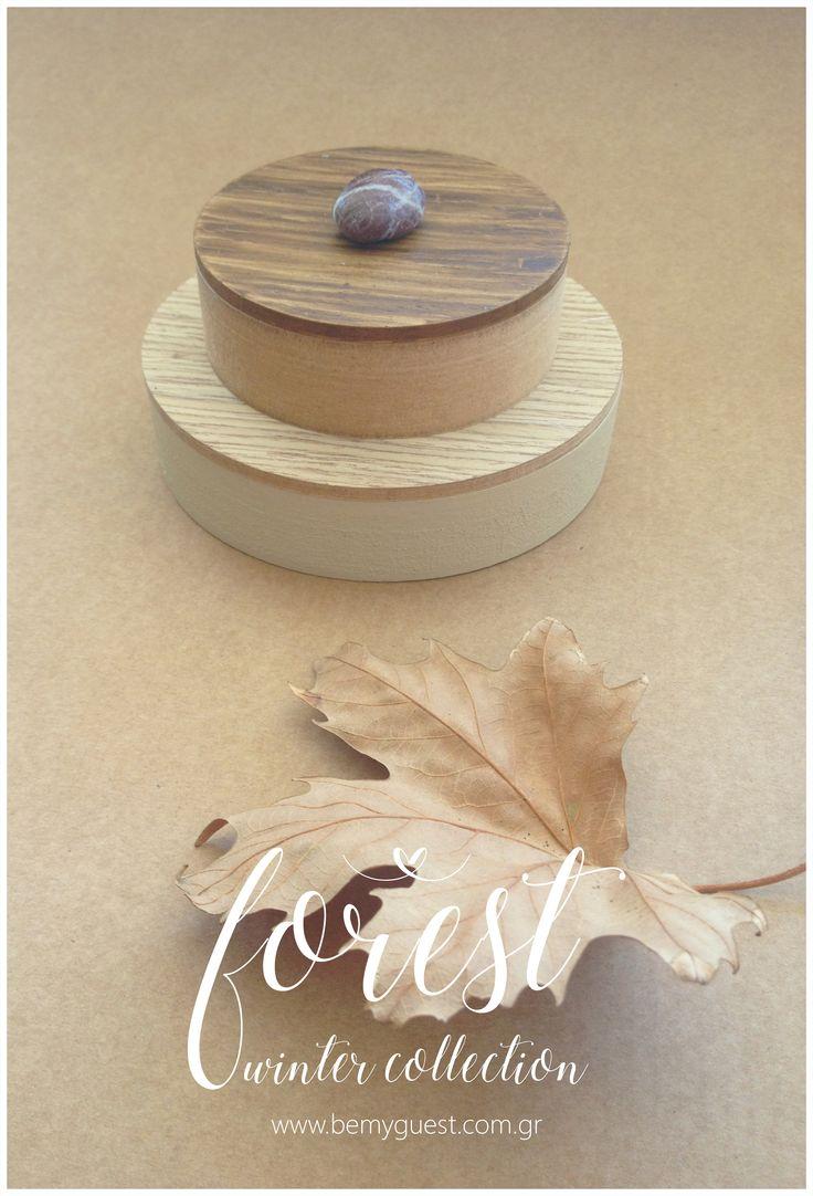 winter wedding | wooden favor boxes | giveaway gifts | custom made events | www.bemyguest.com.gr