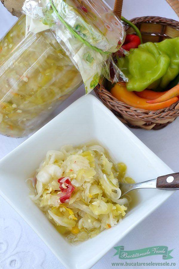 Reteta culinara conserva.Reteta salata pentru iarna.Reteta fara conservant.Reteta Salata de Ceapa si Ardei Iuti.Retete…