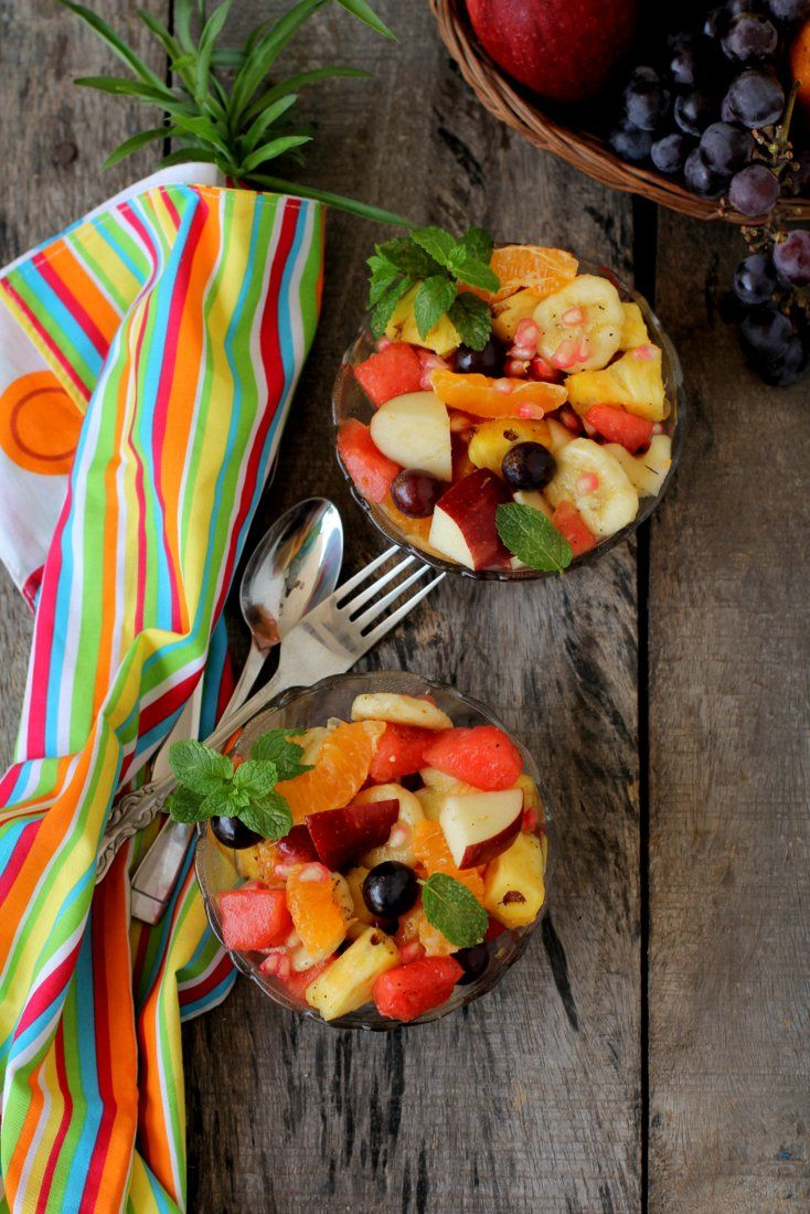 Fruit chaat recipe, Indian style fruit salad where cut fresh fruits are tossed in spices like roasted cumin, black pepper & chaat masala. Delicious.