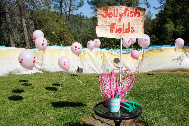 Party Mommy: Spongebob birthday party, great outdoor party idea. The kids will love jelly fishing.