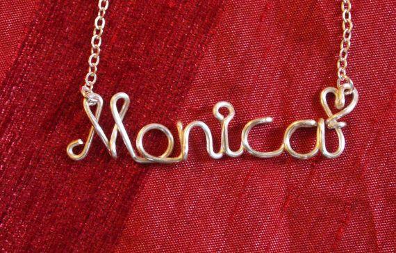 regalo da damigella d'onore Monica collana collane di WireNameART