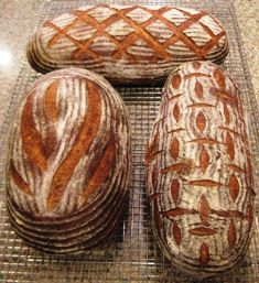 Scoring and dusting. Ridges in flour come from rising in a floured banneton, then decorative scoring is done after rise.