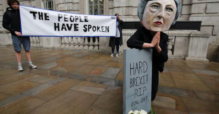 Pro-EU activists to hold anti-Brexit march at Tory conference: report