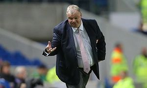 Rotherham United part company with manager Steve Evans - http://footballersfanpage.co.uk/rotherham-united-part-company-with-manager-steve-evans/