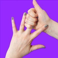 Doğru parmağı 20 saniye boyunca sıkmak bakın hangi sorunlarınızı çözüyor… | ZAMAZİNGO