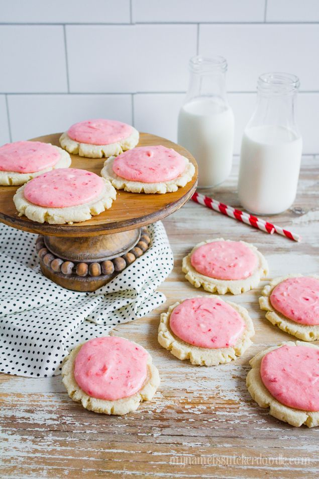 Strawberries and Cream Sugar Cookies recipe | If you've ever wondered what summer tastes like, try these easy Strawberry Sugar Cookies. So light and flakey and made with real strawberries, mmm! The perfect summer cookie recipe!