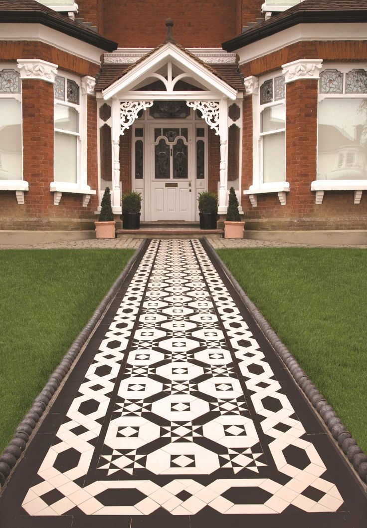 Victorian Floor Tiles   A Monochrome Westminister Pattern Can Smarten Up  The Exterior Of Your Home