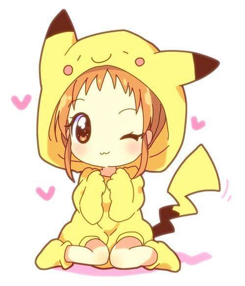ptite fille en déguisement de pikachu