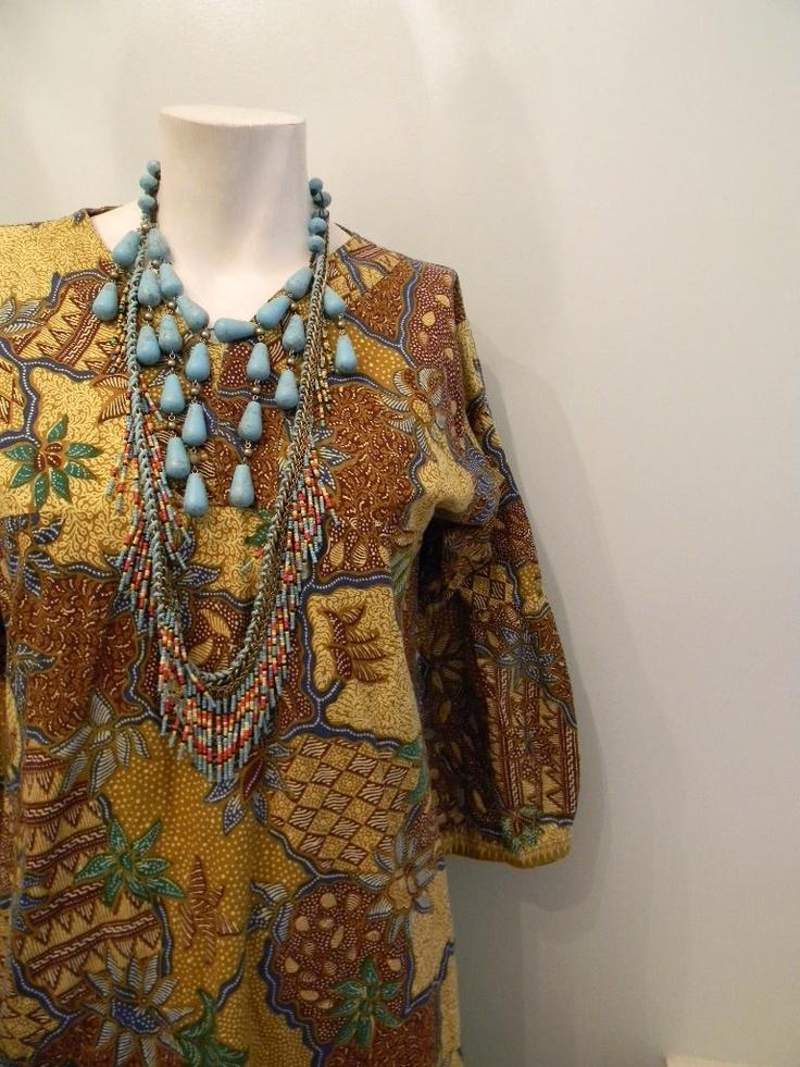 vintage.  Indonesian Bold Print Batik Dress // Vintage Worn Cotton Dress // S M L. $48.25, via Etsy.