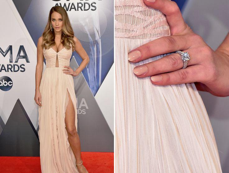 Check Out Hannah Davis' Massive Engagement Ring from Derek Jeter!