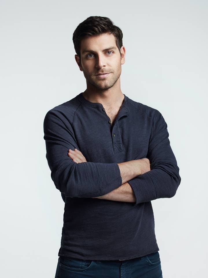 Helloooo gorgeous! Is it weird I think David Giuntoli from Grimm is totally hunky, yet I want my little boy's hair cut like his?